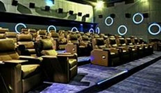 Makati, Filipinler: Century City Mall Premier Cinema