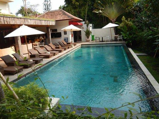 Pandawa All Suite Hotel: Nice pool