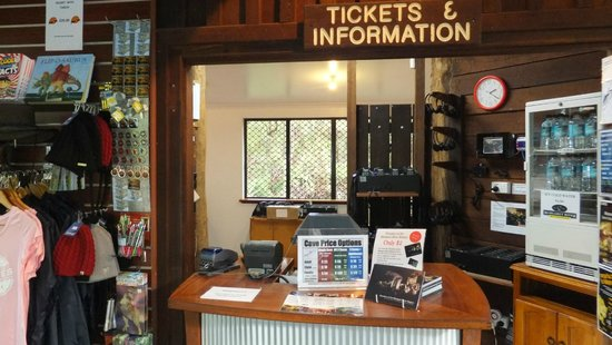 Mammoth Cave: Ticketing Office
