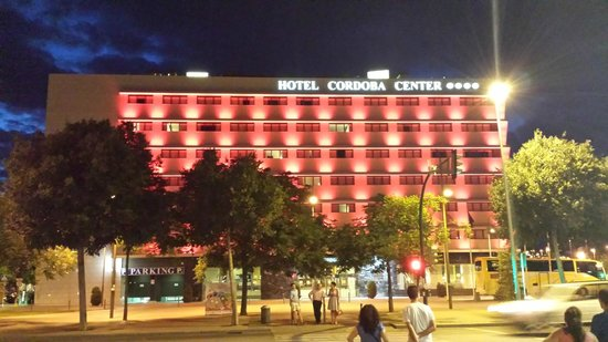 Hotel Cordoba Center: L'hôtel