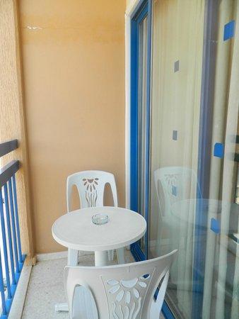 Navarria Hotel: балкон
