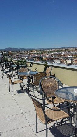 Hotel Córdoba Center: Le coin terrasse - bar sur le toit