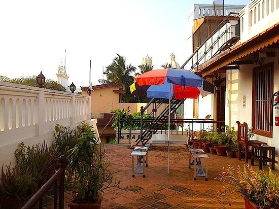 Hotel Coramandal Heritage: Top Terrace