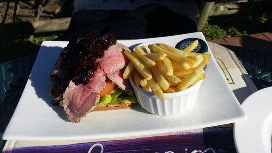 Hillcrest Berry Orchard: Roast beef sandwich.