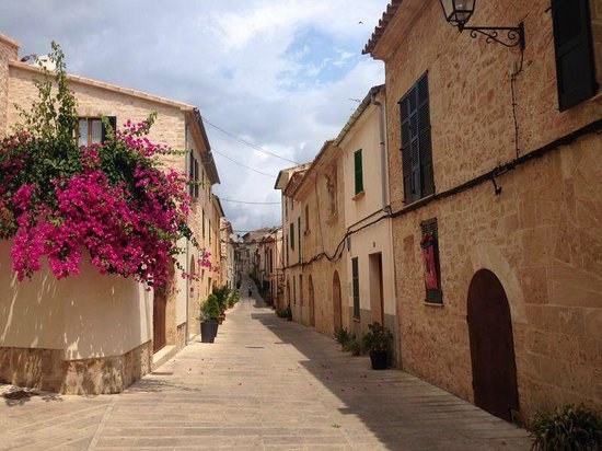 Alcudia Old Town : Old Town