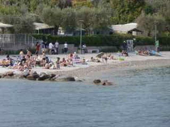 Lago di Garda: Bathers on the western shore