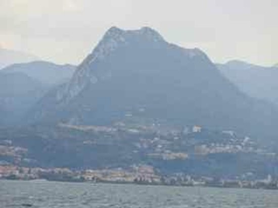 Lago di Garda: View from the ferry towards Salo` and the peaks