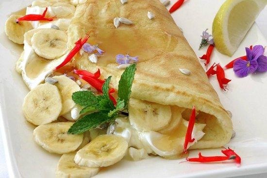 Gideon's The Famous Franschhoek Pancake House: Vegetarian- Banana, Sunflower Seed Cottage Cheese and Honey Breakfast Pancake