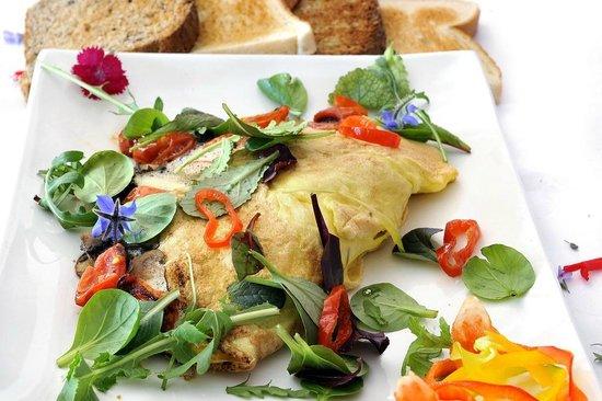 Gideon's The Famous Franschhoek Pancake House: Omelette Breakfast