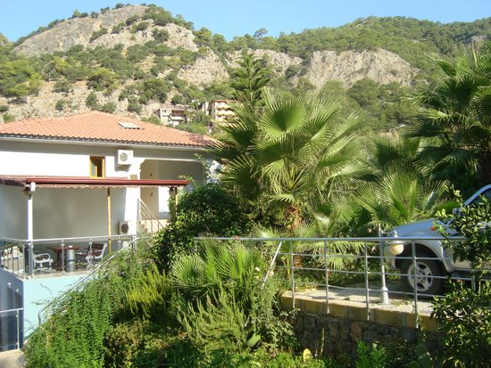 Dorian Hotel: Вид с балкона