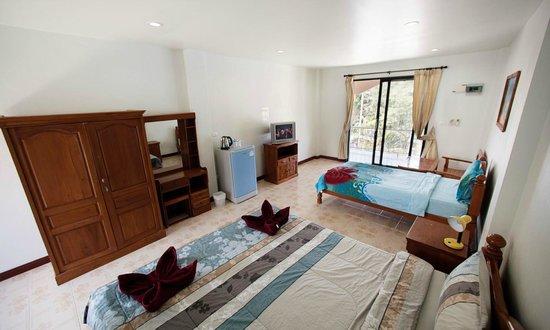 Lotus Friendly Hotel : Superior Triple Room