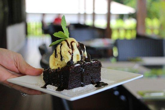 VERANDA Cafe: Mattonella di cioccolato fondente