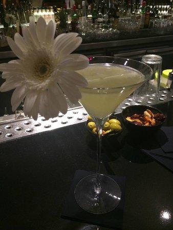 Met Bar: Mellow Yellow
