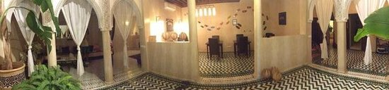 Riad Palau: new decor in the dining room