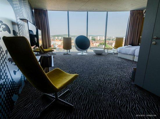 Sono Hotel