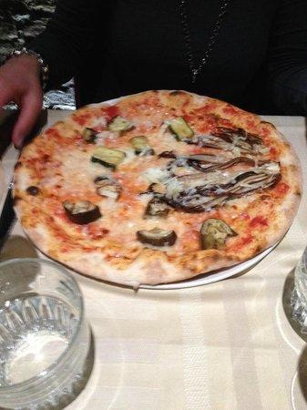 Ristorante Rosa Rossa : Pizza Vegetariana