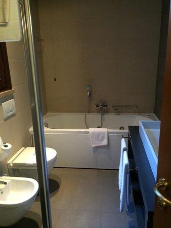 Giulietta e Romeo Hotel : Bathroom