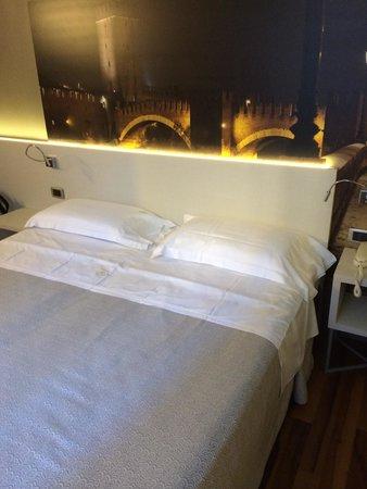 Giulietta e Romeo Hotel : Bed