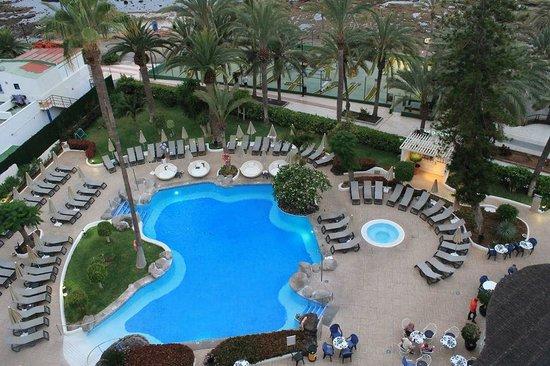 Hotel H10 Big Sur: Zwembad