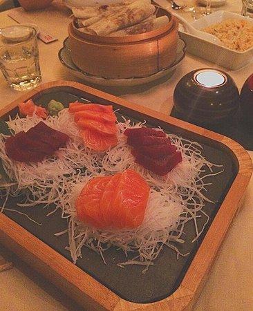 Zen Market : Sashimi de salmón y atún
