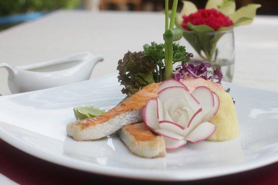 Chanalai Flora Resort : Choice steak