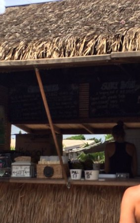 Haleiwa Bowls: 売店のような感じ