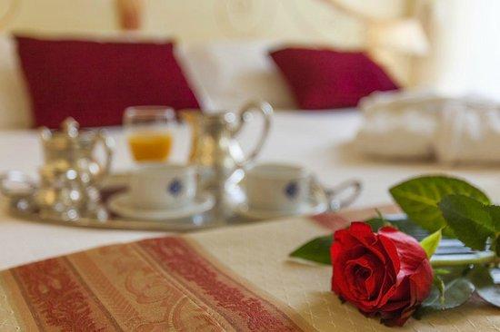 Hotel Colomba d'Oro: Servizio in Camera  - Room Service
