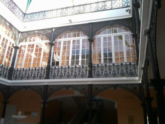 Llerena, ciudad para vivirla: Patio interior de la Hospedería Mirador de Llerena.