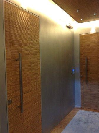 Orcagna Hotel : porte di accesso alle camere