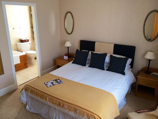 Ballifeary Guest House: Room 3