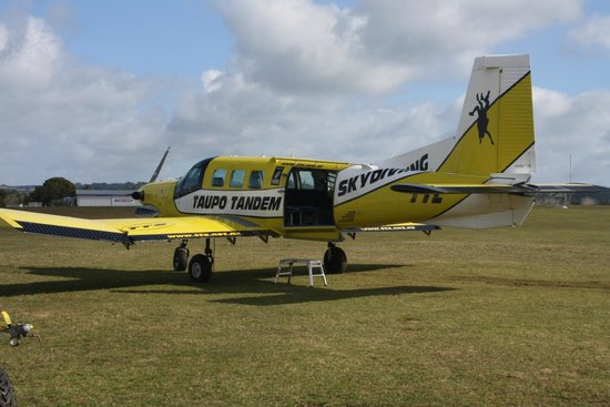 Skydive Bay of Islands: Airplane we used for jumps