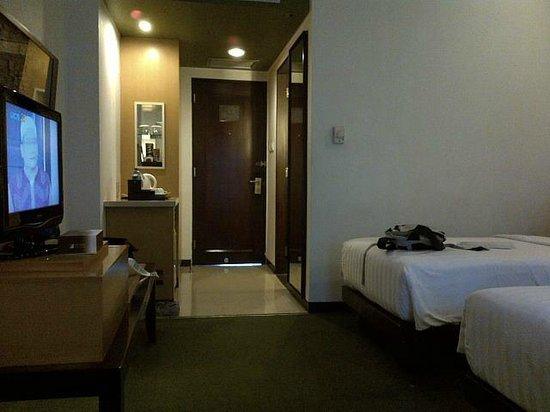 Hotel Santika Premiere Malang: Twin bed room