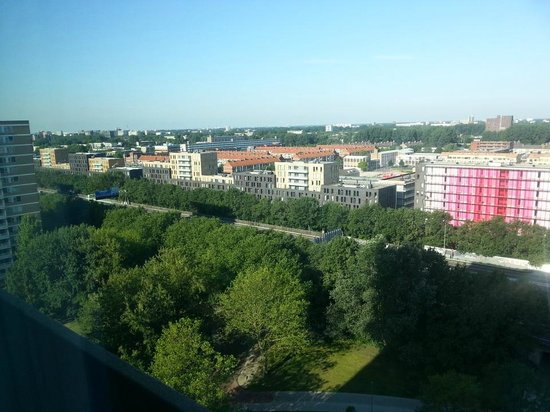 Ramada Apollo Amsterdam Centre: Not a bad view at all!