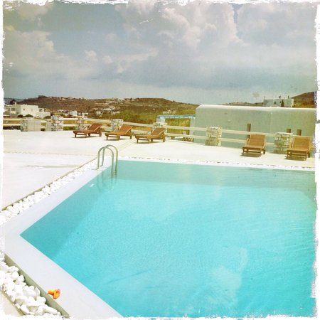 Blue Mare Villas: Pool