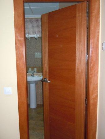 Hotel los Chiles: Entrada al baño