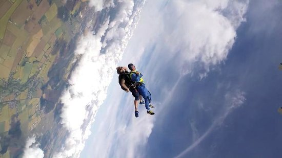 GoSkydive: Oooeerrr is this this the right way up ????