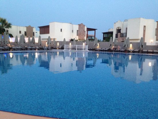 Bendis Beach Hotel: Pool