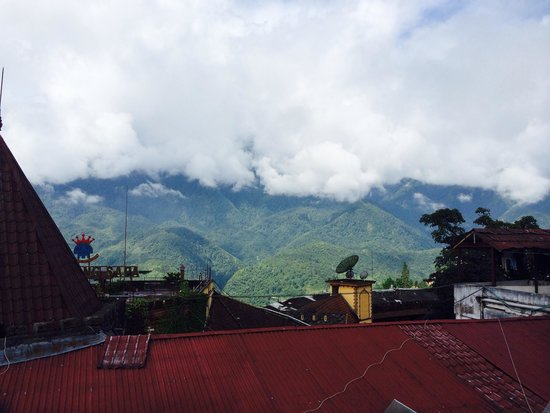 Elysian Sapa Hotel: View from one of the balconies
