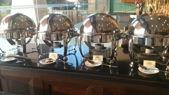 Royale Chulan Kuala Lumpur: Breakfast buffet Asian dishes