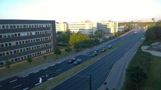 Scandic Sluseholmen : Aussicht vom 5.Stock auf Strasse