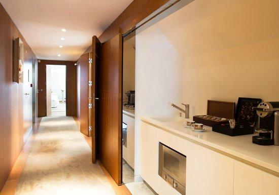 Le Royal Monceau-Raffles Paris : Le Royal Monceau Raffles Paris - Penthouse Suite, kitchen
