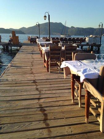 Hidayetin'in Yeri Deniz Restaurant