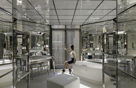 Le Royal Monceau-Raffles Paris : Le Royal Monceau Raffles Paris - Royal Monceau Suite - Bathroom