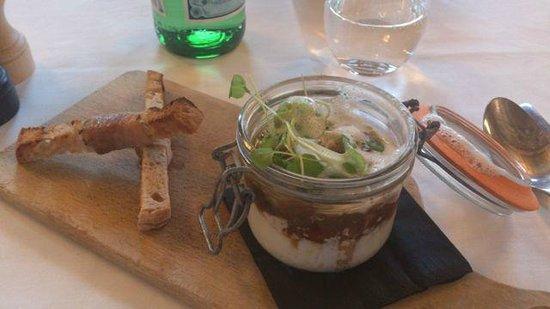 Le Bibent : Entrée : oeufs cocotte cèpes foie gras, mouillettes au lard
