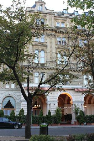 Hotel Regina: facciata dell'hotel