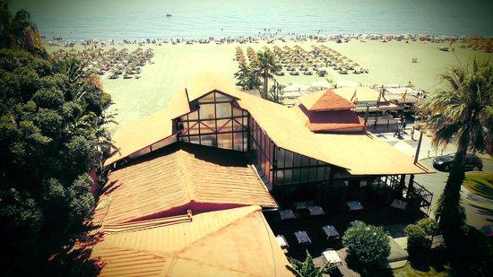 Hotel Tropicana: Het restaurant van het hotel waar je lekker kan eten