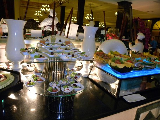 Luxury Bahia Principe Ambar Blue Don Pablo Collection: Buffet