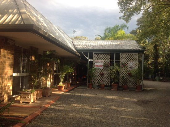 Beerwah Motor Lodge: Main Entrance
