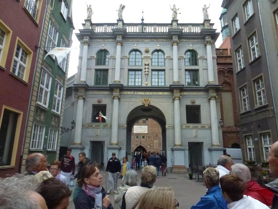 Dluga Street (ul. Dluga): Porta dìOro