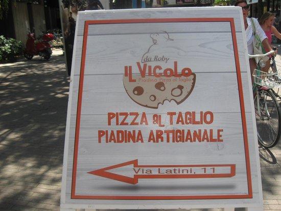 piadineria pizzeria il vicolo : Pizza al taglio e piadina artigianale :grande bonta'